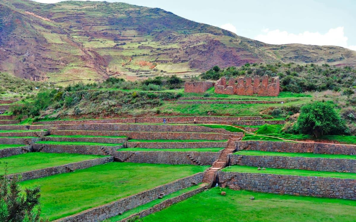 Tipon-Valle-Sur-Cusco